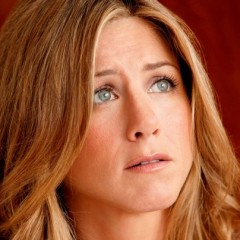 Jennifer Aniston's Wedding On Hold Again