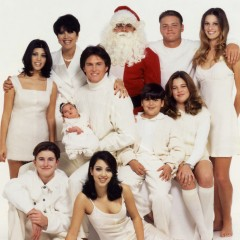 11 Awkward Kardashian Holiday Photos