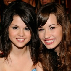 Selena Gomez Went to Rehab With Demi Lovato