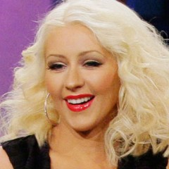 Who's Christina Aguilera Engaged To?