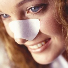 What Really Happens to Your Skin When You Use Pore Strips