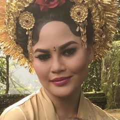 You Have To See Chrissy Teigen's Bali Vacation Outfits
