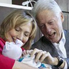 Clintons Release First Photos of New Baby