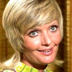 Things From The Brady Bunch You Only Notice as an Adult