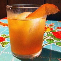 Cocktail Recipes for You to Ponder This Thanksgiving