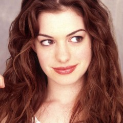 Anne Hathaway Has Low Self-Esteem in Next Movie
