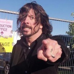 Dave Grohl Returns to Old Band