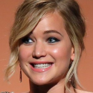 Jennifer Lawrence Cracks a 'Hunger Games' Joke During Speech