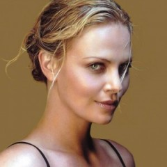 Charlize Theron Rumoured to Lead 'Dark Places' Adaption