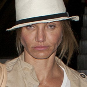 10 Most Unfortunate Shots of Stars Without Makeup