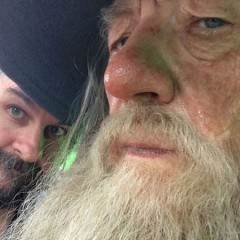 See Peter Jackson & Ian McKellen Back On Set Of 'The Hobbit '