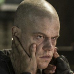 12 Big Questions Left Unanswered by 'Elysium'