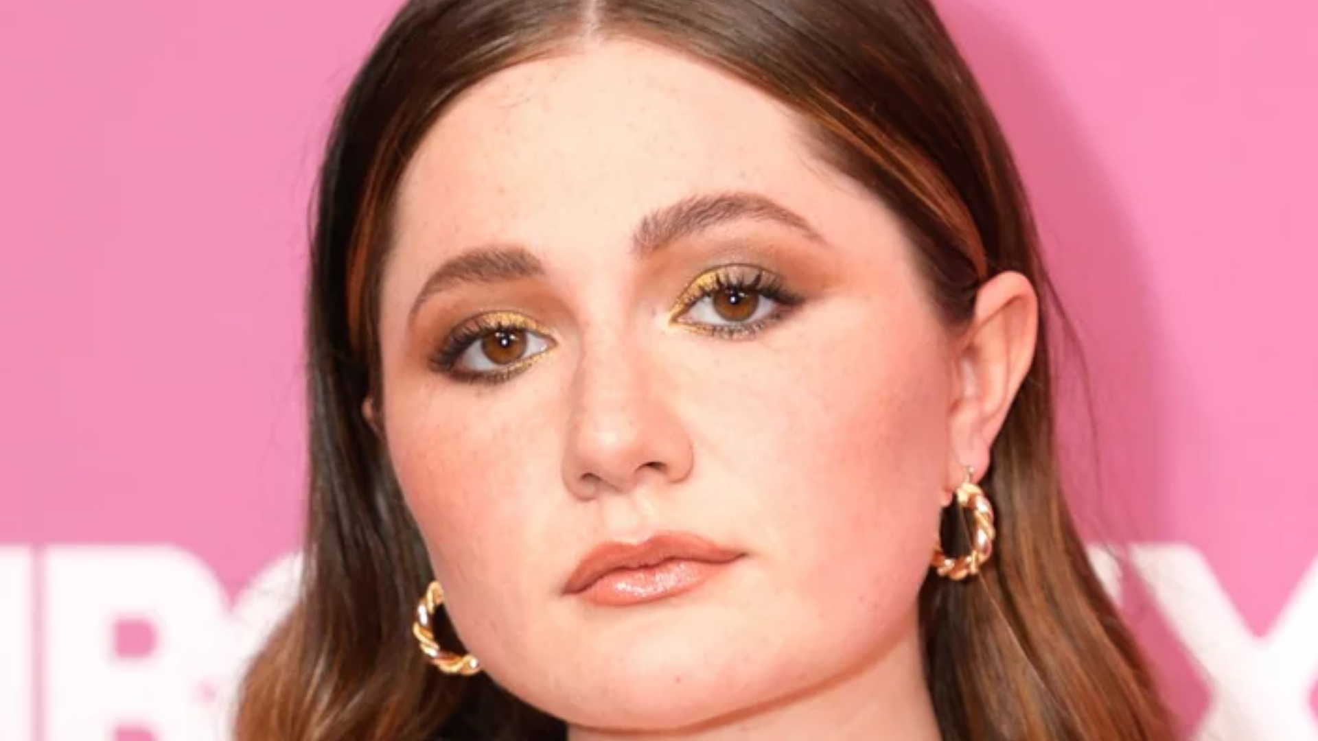 Emma Kenney Confirms What We All Suspected About Emmy Rossum's On-Set Behavior