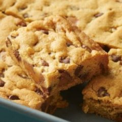 Chocolate Chip-Caramel-Pudding Cookie Bars