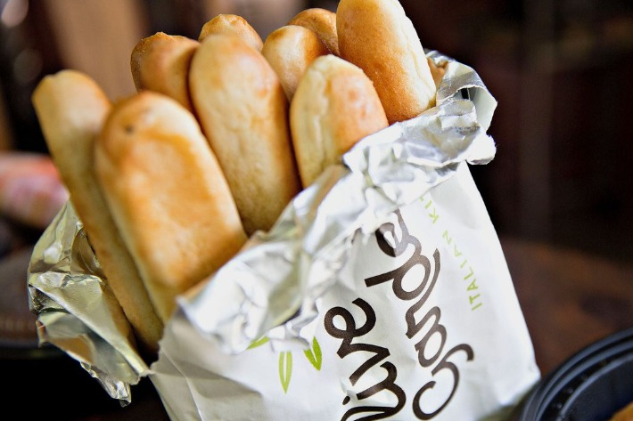 Employees Reveal The Hard Truth About Olive Garden