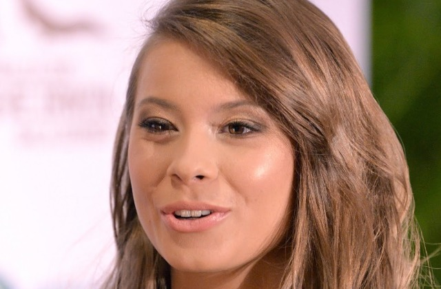 Bindi Irwin's Transformation Is Seriously Turning Heads - cover