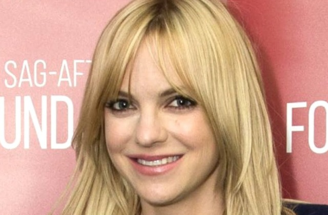 This Is Why Anna Faris Had To Leave Mom