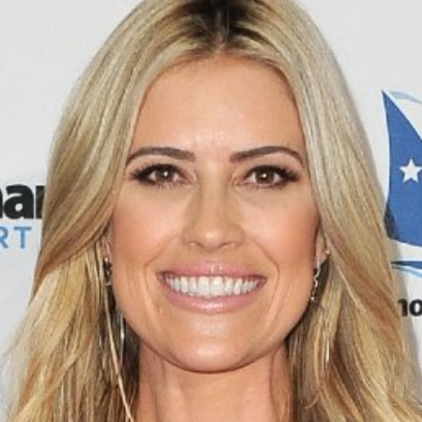 Christina Anstead's Transformation Is Simply Stunning - cover