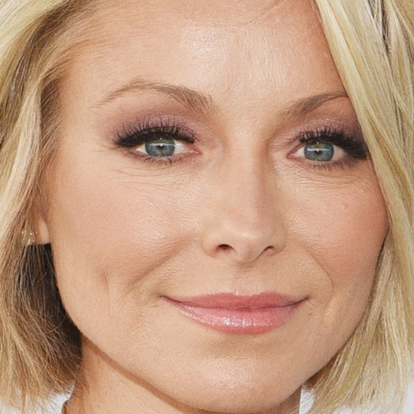 Here's What Kelly Ripa Typically Eats In A Day