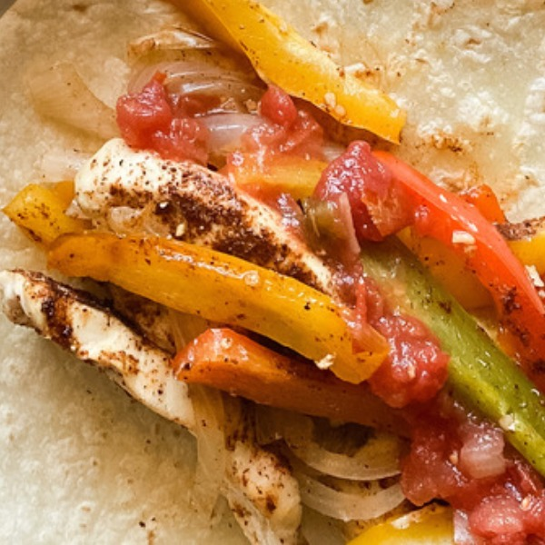 This Chicken Fajitas Recipe Is About to Become a Favorite in Your House